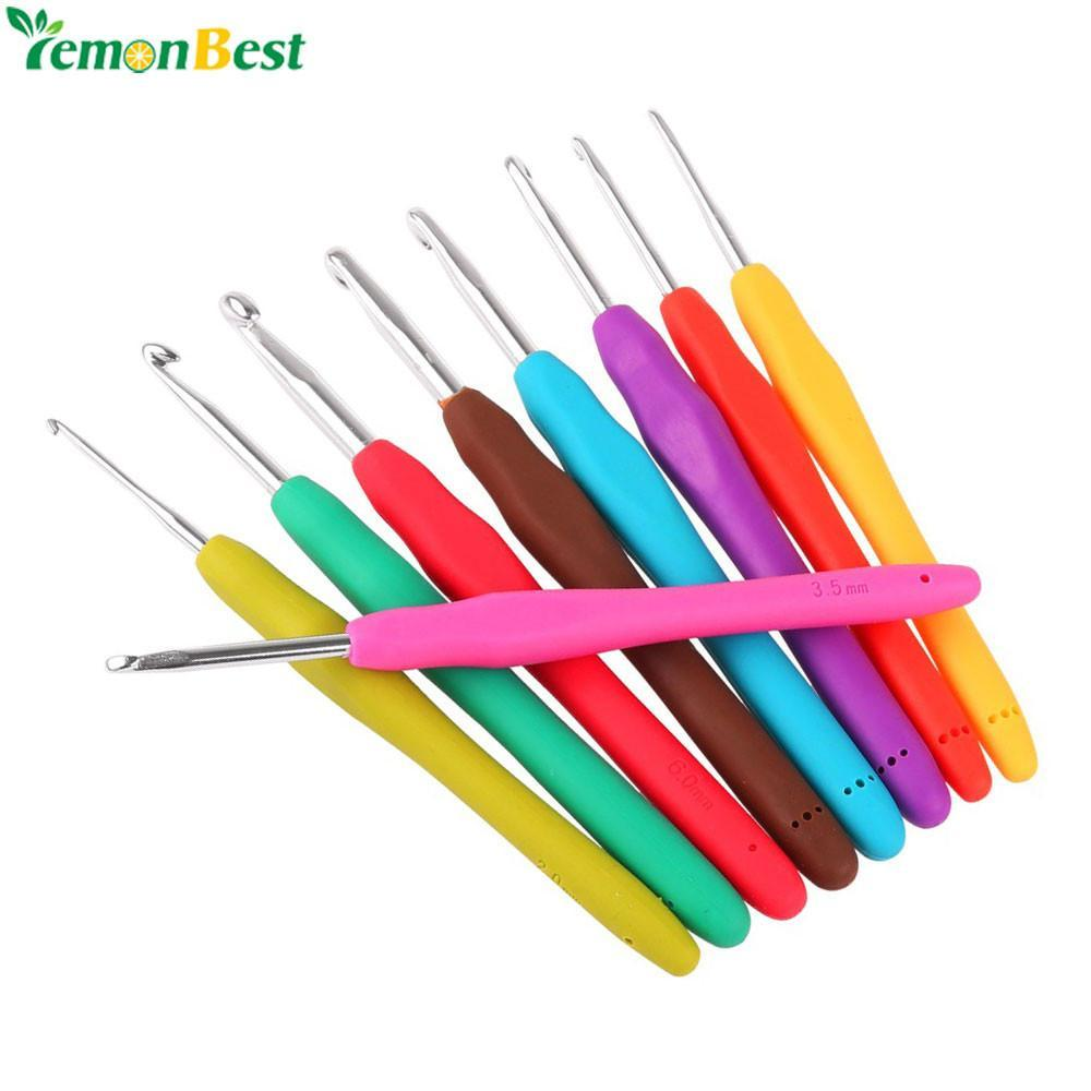 LemonBest Brand, 9 Piece Comfort Grip Crochet Hook Set, Assorted Colors