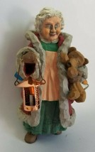Hallmark Keepsake Ornament - Folk Art Americana - Mrs. Claus - 1996 - $8.86