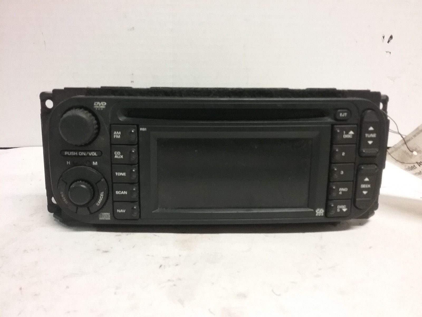 04 05 06 07 Dodge Chrysler Jeep CD navigation radio OEM P56038629AD