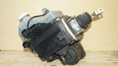 01-02 Mitsubishi Montero Limited Abs Brake Pump Assembly MR527590 MR407202