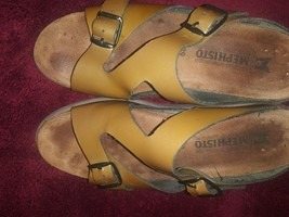 Mephisto Gold Brown Strappy Sandals Size 39 - $30.49