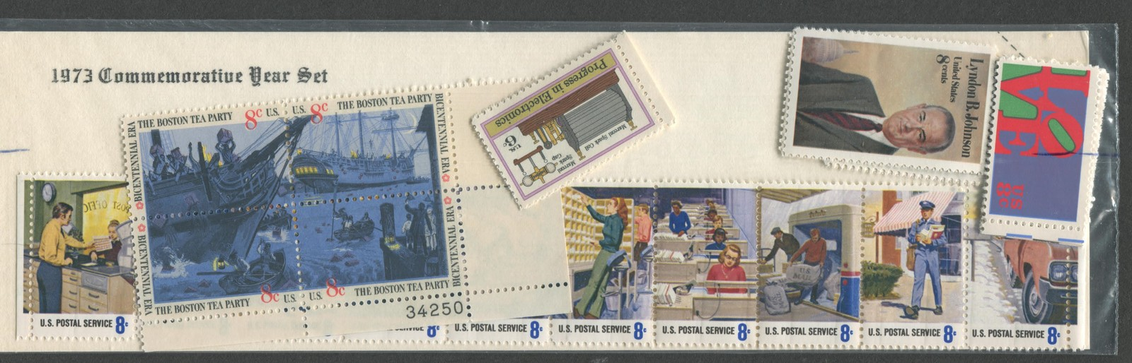 1973 USPS Stamp Collector Starter Kit with MNH #1475-1508 '73 USPS Sealed Stamps