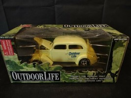 Vintage 1999 Racing Champions Outdoor Life sealed Volkwagon 1/24 scale model car - $29.77