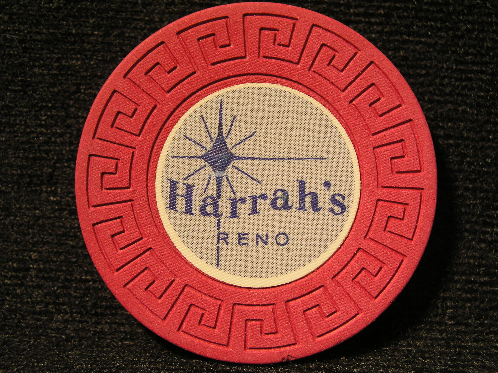 "Primary image for N/D ROULETTE CASINO CHIP FROM: ""HARRAH'S HOTEL & CASINO"" - (sku#2317)"
