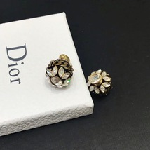 NEW AUTH Christian Dior 2019 DIO(R)EVOLUTION CRYSTAL TRIBALES EARRINGS AGED GOLD image 9