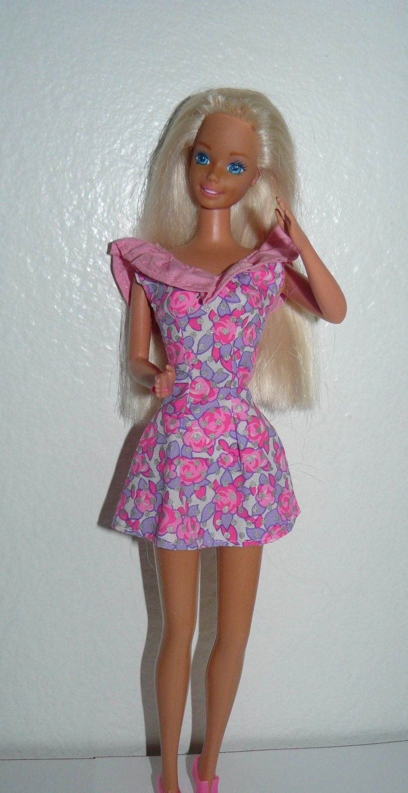 14cba6c904e6 Mattel 1980 s Twist  N Turn Barbie Doll blue and 50 similar items. S l1600
