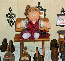 Cabbage Patch Doll sitting at a Large Wooden School Desk AA-191964  Collectible image 4