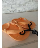 Classic Flip K Crocs Summer Sandals Kids c6 Cantaloupe - $18.81