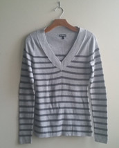 EXPRESS Women's V-neck Sweater Gray Stripes Cotton Blend Size L, Pre-owned - $22.49