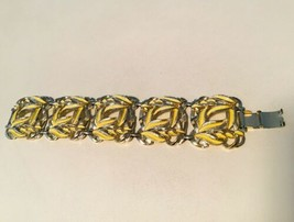 Vintage Gold Tone Yellow Enameled Chunky Link Bracelet - $11.44