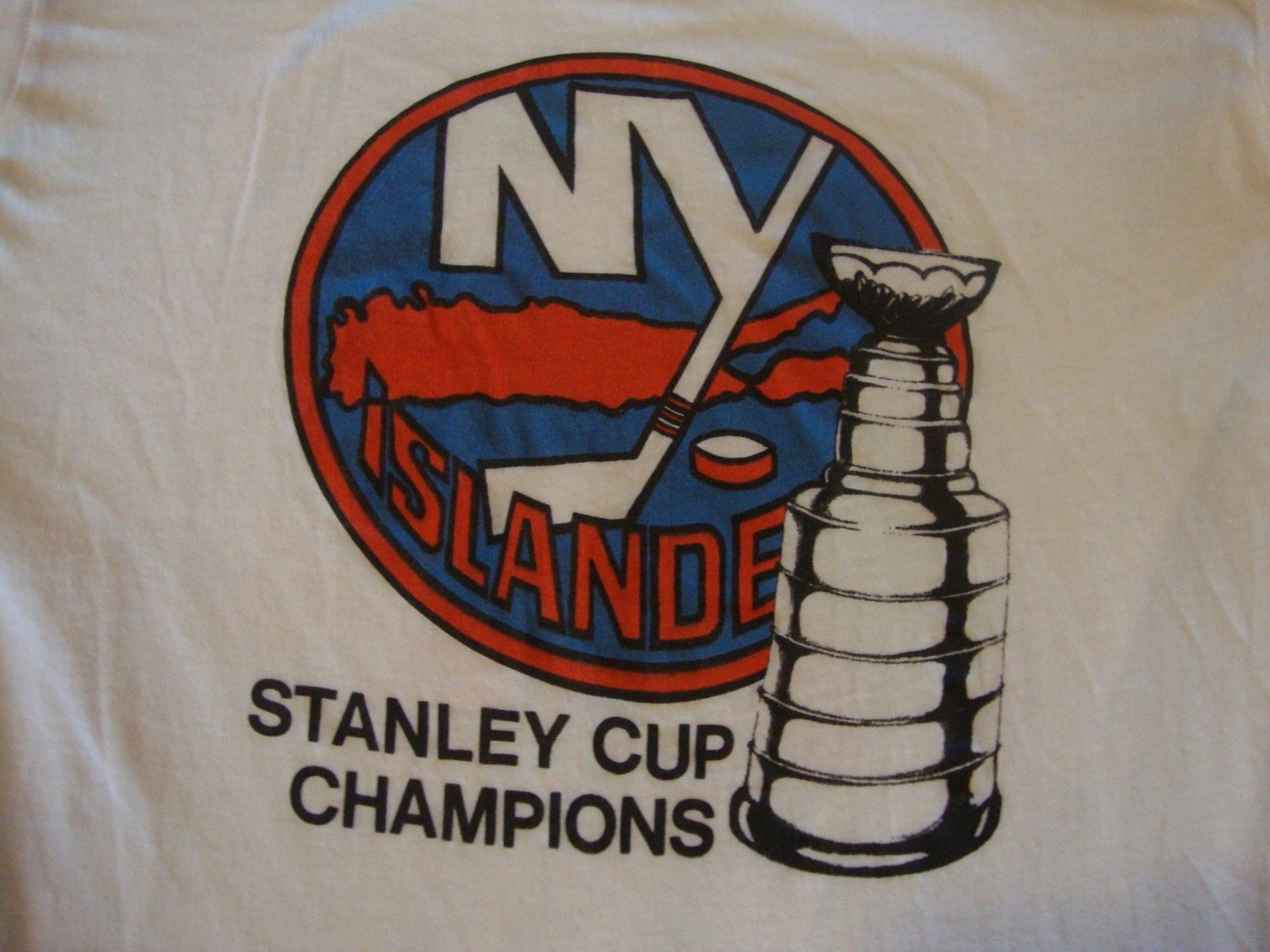 a4b0e6b5ca93 S l1600. S l1600. Previous. Vintage NHL 80's NEW YORK ISLANDERS Stanley Cup  Soft Paper Thin T Shirt ...