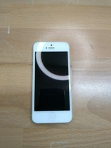 Apple IPhone 5 (A1428) Silver 16GB Smartphone  - $23.56