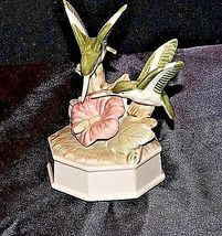 Hummingbirds Nectar from a pink flower  Music Box  AA18-1226 Vintage image 4