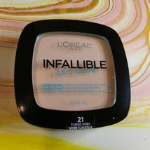 L'Oreal Infallible Pro Glow Longwear Pressed Powder ~ # 21 Classic Ivory New - $2.96