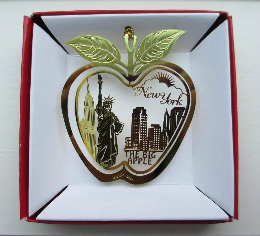 New York City Big Apple Brass Ornament Statue of Liberty Souvenir