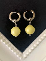 Swarovski crystal pearl, Stainless steel and Yellow color earrings - £16.82 GBP