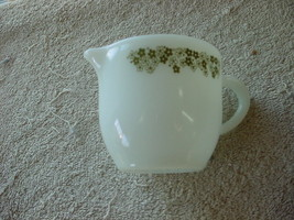 Corelle Spring Blossom Green Pyrex Creamer Heavy Milk Glass Excellent Condition - $14.01