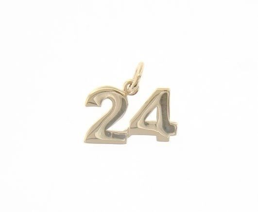 18K YELLOW GOLD NUMBER 24 TWENTY FOUR PENDANT CHARM 0.7 INCHES 17 MM MADE ITALY