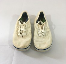 Vintage 1970's Bata Canvas White Baby Sneakers Size 4 1/2 - $9.46
