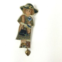 Vtg Bagatelle Plastic Pin 1993 #7 Born To Shop Visa Dangler brooch kitsc... - $17.81