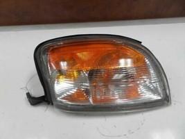 00 01 Nissan Xterra L. CORNER/PARK Light FOG-DRIVING In Bumper 197405 - $20.65