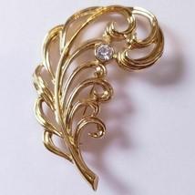 Avon Precious Plume Goldtone Pin Brooch Vintage 1990 Original Box New Old Stock - $16.47