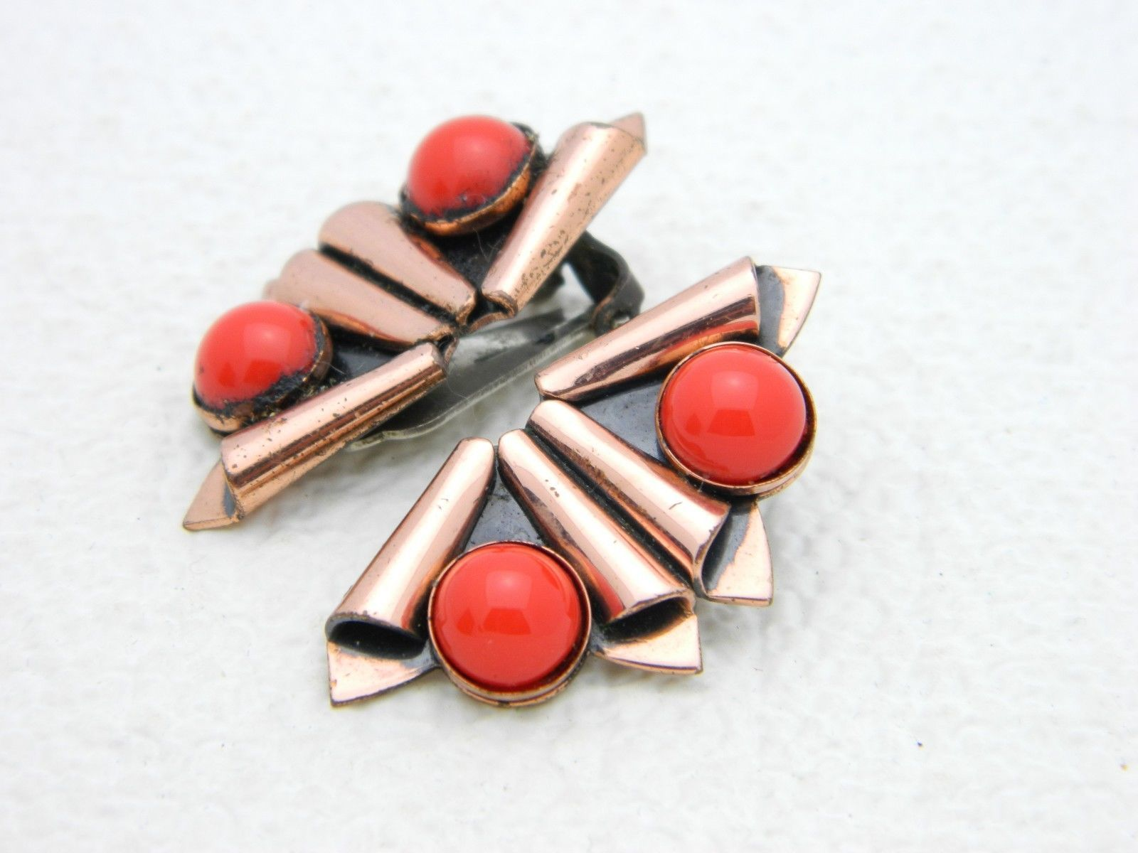 VTG RARE MATISSE RENOIR Red Glass Cabochon Fan Clip Earrings