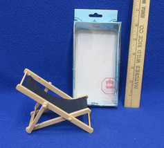 Miniature Dollhouse Wood & Cloth Folding Deck Beach Chair Town Square  - $12.22