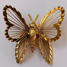 Vintage Monet Gold Tone Butterfly Brooch Pin Filigree Signed - $14.80