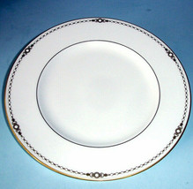"""Lenox Pearl Gold Accent Plate 9.25"""" Platinum Banded Enameled Dots New - $26.90"""