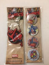 DC Comics Keychain and 4 Collectible Pins New In Package Stocking Stuffer - $10.34