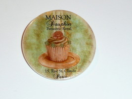 Paris Patisserie Royal -  Cupcake Button Mother of Pearl Shank Button 1+... - $11.99
