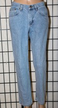 "LEE RIDERS Women's Size 8P Petite Straight Leg 100% Cotton Jeans 28"" Ins... - $26.11"