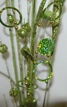 Unbranded Glittery Circle Ball Spray Green Apple Color image 4