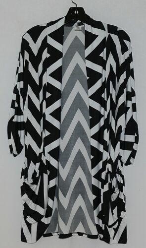 ZigZag Stripe Brand Style C3066D18 Black White Chevron Womens Cardigan Size XL
