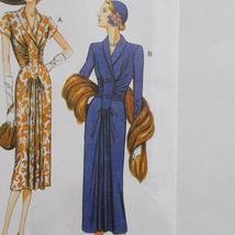 Vogue V9126 Vintage Model Dress Pattern 1947 Design Size A5 6-14 image 3