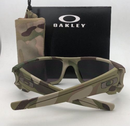 New OAKLEY Sunglasses FUEL CELL OO9096-76 60-19 MultiCam Camo Frames Grey Lenses