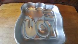 VINTAGE 1987 Wilton  I Love you ALUMINUM  PAN #2105-225     Tote 18 - $8.90
