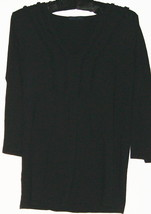 Women's Black V Detail Neck Top Size M Gap - $9.99