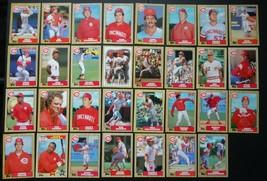 1987 Topps Cincinnati Reds Team Set of 31 Baseball Cards - $4.50