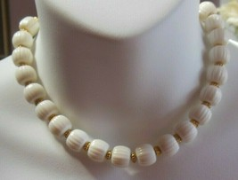Vintage Signed Trifari White Lucite Ribbed Bead Choker Necklace - $44.55
