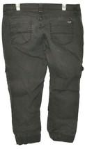 Levi's Women's Gray Cargo Cropped Capri Zipper Leg Denim Pants Size 13 image 2