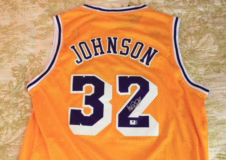 a44dc243584 Img 6555606440 1535596573. Img 6555606440 1535596573. Previous. Magic  Johnson signed autographed NBA Los Angeles Lakers Jersey COA Certified
