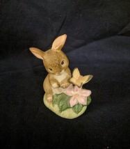 HOMCO Figurine Brown Bunny Rabbit Butterfly Gold Sticker #1418 - $6.43