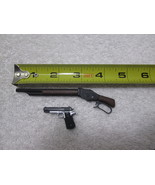 Terminator 2 T-800 Arnold's Shotgun & Pistol MMS 117 1/6th Scale - Hot Toys - $35.79