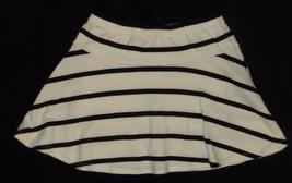 Gymboree Posh and Playful Black White Striped Knit Skirt Size 6 - $9.49