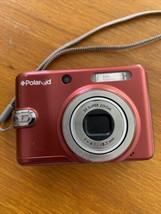 Polaroid Camera  3x Súper Zoom 6.1-8.3mm Red - $37.99