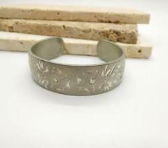 Vintage Silver Pewter Etched Flower Cuff Bracelet L21 - $20.78