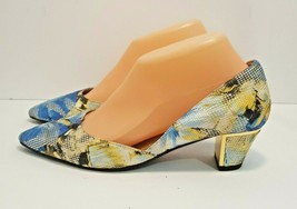 Women's J. Renee Pointy Toe Pumps Blue/Gold Fabric Size 7M Price Sticker $159.99 - $49.49