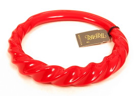 TRIFARI Rare Vintage Cherry Red Lucite Tagged New Old Stock Bangle Bracelet*E966 - $44.55